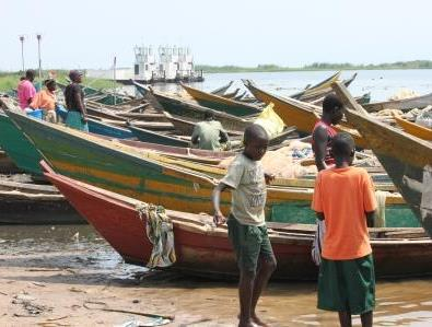 Fishing boats at Wanseko, Lake Albert